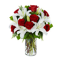 HOLIDAY SOPHISTICATION BOUQUET