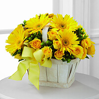 The FTD Uplifting Moments Bouquet